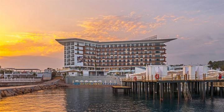 SİRİUS DELUXE HOTEL